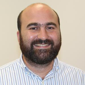 picture of bald man with wide beard