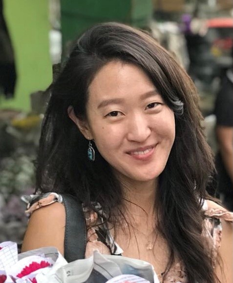 Profile picture of an asian young woman